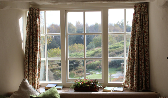 4 Easy Care Tips to Increase the Lifespan of Your Interior Windows
